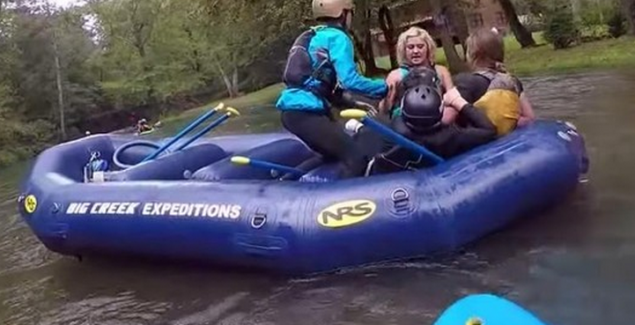 deadstate sisters fight on raft