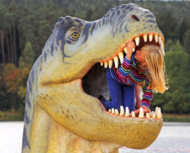 Creationist Explains How Humans Could Have Hunted The Tyrannosaurus Rex
