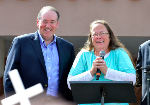 Mike Huckabee has to fork over $25K for unauthorized use of 'Eye of the Tiger' at Kim Davis rallies
