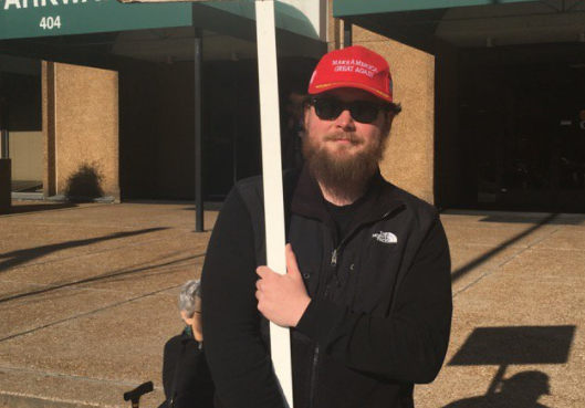 This photo of a regretful Trump voter is going viral for all the right reasons