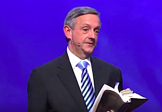 Evangelical megachurch pastor defends Trump's racism: 'His sentiment is right on target'