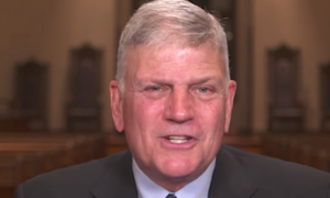 Franklin Graham wants Christians all over American to devote this coming Sunday to praying for President Trump.